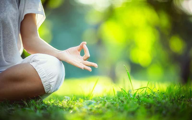 یوگا و آرامش ذهن و مغز